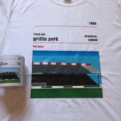 Tshirt and mug – Royal oak stand Griffin Park